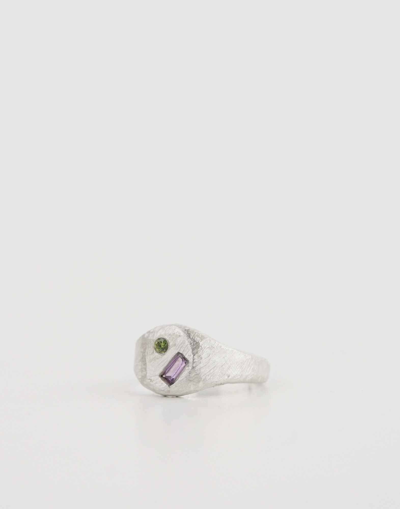 Signet Ring(Olive Purple Crystal)
